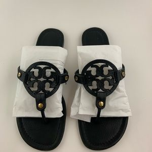 Tory Burch black leather sandals size 7.5
